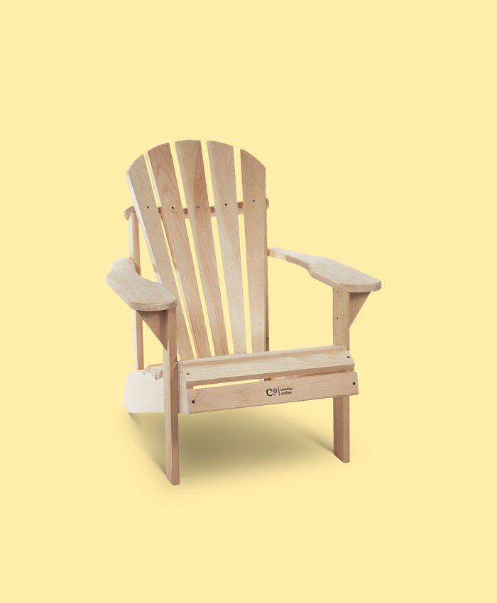 """<span style=""""font-weight: 400;"""">barnestol av den originale adirondack stolen fra canadian outdoor. Kvalitet, stil og komfort skal ikke bare være forbeholdt de voksne. Denne barnestolen tar seg like godt ut i hagen som på fjellet. En vedlikeholdsvennlig utestol. Laget i sedertre - kan stå ubehandlet ute og vil få en vakker sølvgrå farge med tiden. </span> <ul> <li>for barn mellom 3-10 år</li> <li>ca. 30% mindre en <a href=""""https://www. Huddle. No/produkt/adirondack-classic-hagestol/"""">originalen classic adirondack</a></li> <li>håndlaget i sedertre</li> <li>vedlikeholdsvennlig</li> <li>robust og solid hagestol</li> <li>lang levetid</li> <li>kommer flatpakket</li> <li>fra canadian outdoor</li> </ul>"""